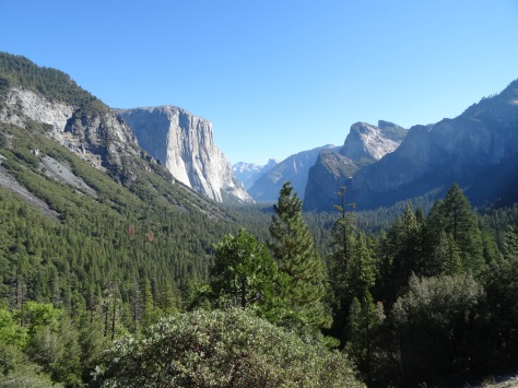 01 Yosemite Valley -Tunnel View (Hwy 41)