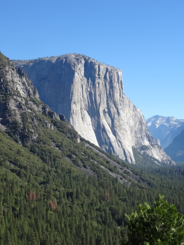 01.5 El Capitain from Tunnel View (Hwy 41)